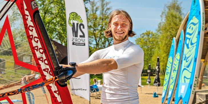 Základní kurz windsurfingu s juniorským mistrem Česka a Rakouska