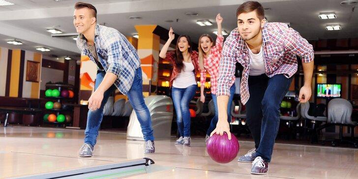 Nandejte to kuželkám: hodina nebo dvě bowlingu až pro 8 osob