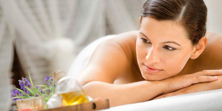 Relaxační balíčky pro ženy dle výběru: antistresová masáž i ájurvédská kosmetická pleťová terapie