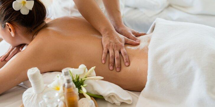 Letní balíček: svěží thajská masáž, hydratační masáž obličeje a miska ovoce