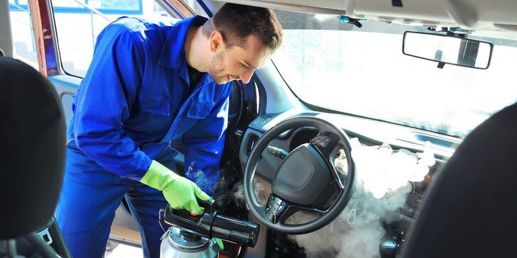 Mytí auta u vás doma: mobilní ruční čištění párou karoserie a interiéru
