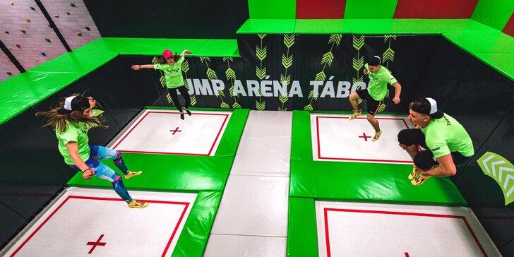 Jump aréna Tábor plná atrakcí: 1 nebo 2 hod. v trampolínovém parkour centru s plochou 1200 m²