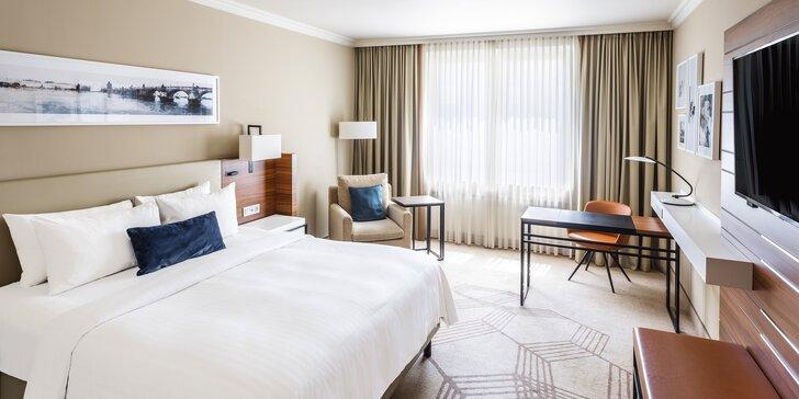 Luxusní 5* hotel Marriott v centru Prahy: pobyt se snídaní, lahev Prosecca, 1 dítě do 11,9 let zdarma