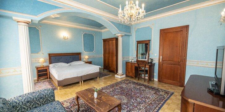 Elegantní hotel na kolonádě ve Varech: snídaně či polopenze a vstup do lázní
