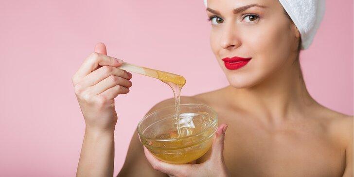 Depilace cukrovou pastou pro hladkou pokožku: brazilská, podpaží, lýtka či ruce