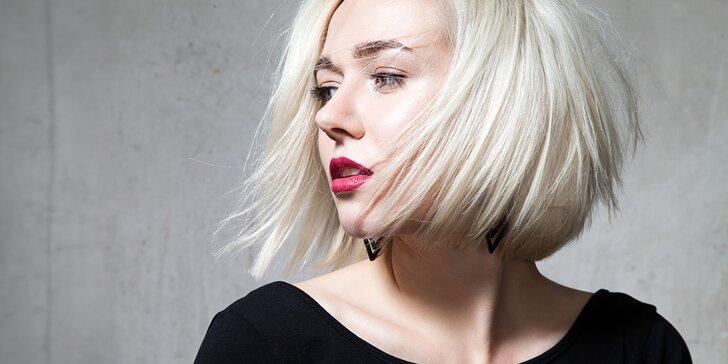 Vlasy jako nové: dámský střih s možností barvení a vlasové masky