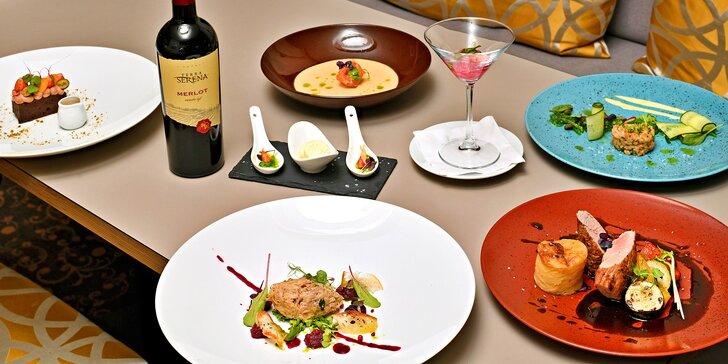 7chodové menu v restauraci 5* hotelu: losos, rillettes, panenka i sorbet a také lahev vína