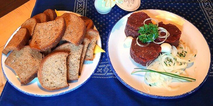 Tatarák v tradiční valašské hospodě: 100–400 g hovězí svíčkové z českého chovu