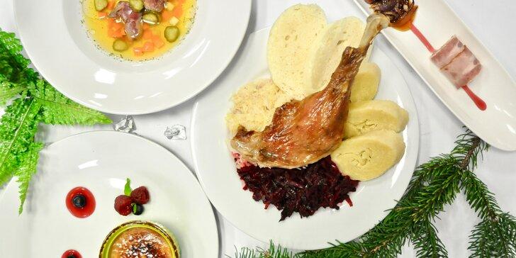 Svatomartinské hody pro dva v restauraci Bonjour: paštika, vývar i kachna