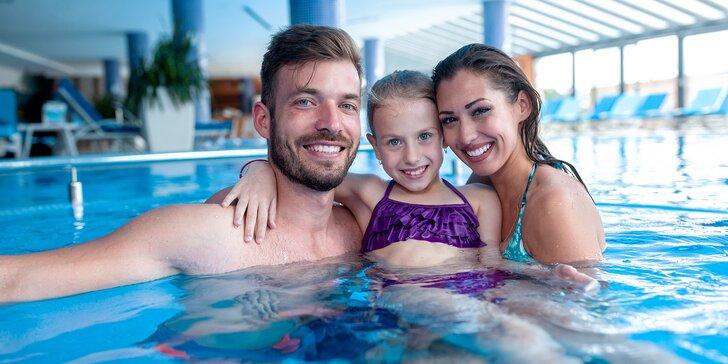 Hodinové vstupy na bazén nebo do sauny pro děti, dospělé i rodinu