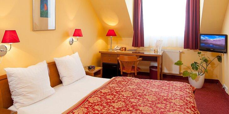 Poznejte kouzlo Prahy: hotel se snídaní, jen 5 minut od Karlova mostu