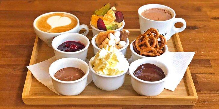 Dobrota v Chocafé: čokoládové fondue s ovocem i marshmallows a 2 horké nápoje podle výběru