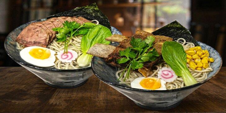 Výběr z menu thajské restaurace: pad thai, tonkatsu ramen i bún bò nam bộ
