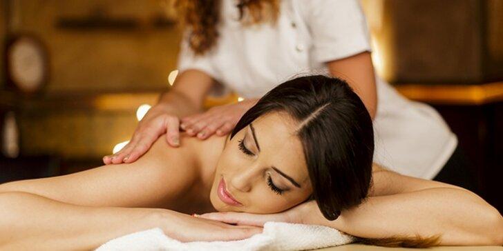 Hodinová masáž s další péčí podle výběru: tradiční, royal (královská) masáž aj.
