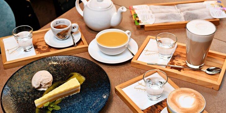 Káva nebo čaj podle výběru a dezert v Siddharta Café pro 1 nebo 2 osoby