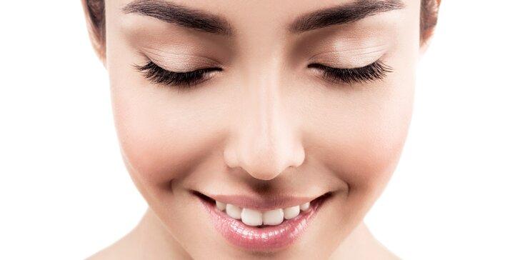 Dvoufázové odstranění akné i vrásek pomocí Face-Up a plazmových toků