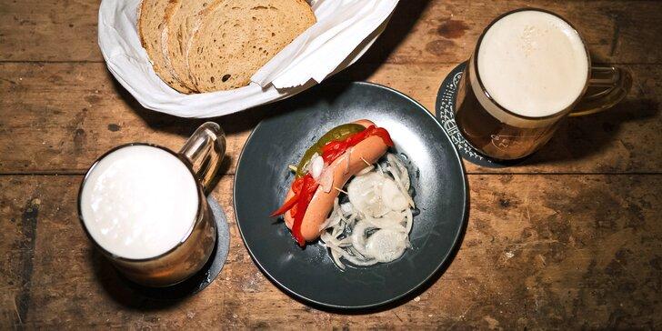 Parádní večer v pivnici: dva ovesné ležáky i s hermelínem či utopencem