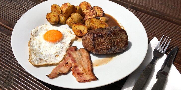 Steak z pravé svíčkové s bramborem, slaninou a volským okem pro 1 i 2 osoby
