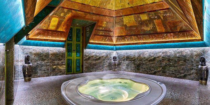 Relax v pyramidě v egyptském stylu: privátní vířivka a slaný bazén pro 2 osoby