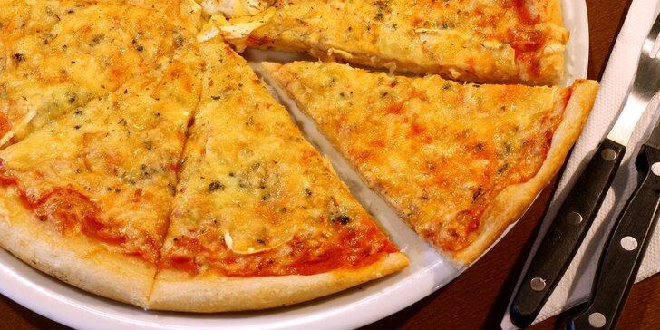 1–4 křupavé a nazdobené pizzy podle výběru