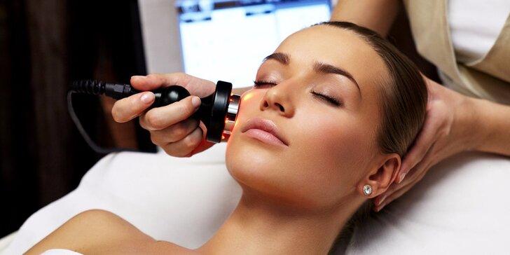Ošetření obličeje, krku a dekoltu galvanickou žehličkou