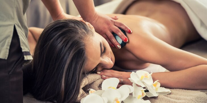 90 minut relaxace: hodinová thajská masáž dle výběru a 30minutová lázeň