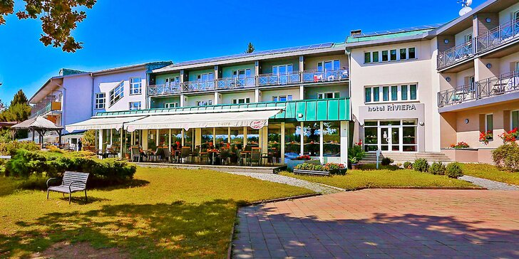Podzim a zima na Karlovarsku: hotel u jezera, bazén s vířivkou a polopenze