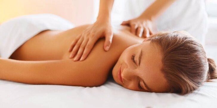 Masáže dle výběru: klasická, lymfatická, anticelulitidní se zábaly i masáž lávovými kameny