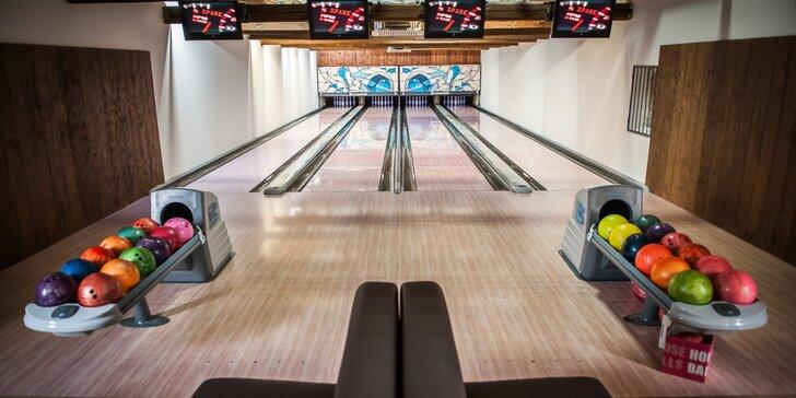 Hodina aktivní zábavy: bowling i se zapůjčením bot až pro 6 hráčů