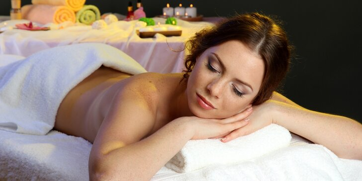 Uvolněte své tělo při 60 či 90 minutové masáži od studentů střední zdravotní školy