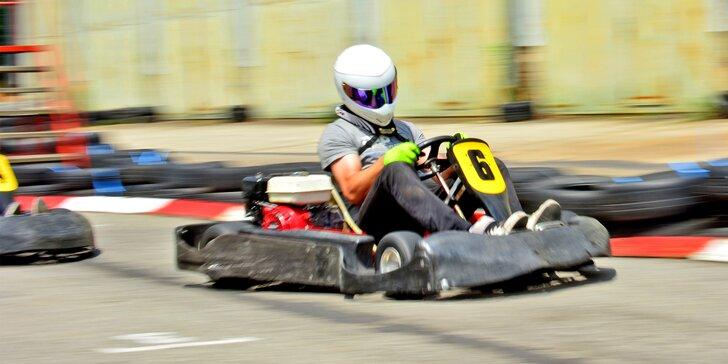 Rozjeďte to: 10–45 minut adrenalinové jízdy v motokáře na vymakané trati