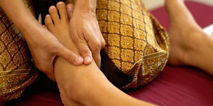 Thajská masáž pro unavené nohy v délce 90 minut vč. uvolnění celého těla