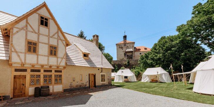 Pobyt ve středověkém kempu: krásný stan, skvělé snídaně i prohlídka pivovaru a tvrze