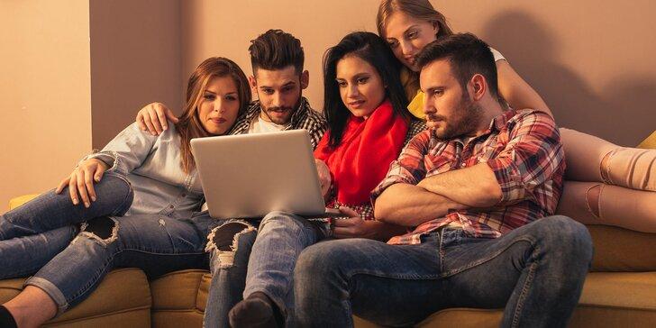 Zábavně-vědomostní online kvízy na doma: hokej, fotbal, český film i cestování
