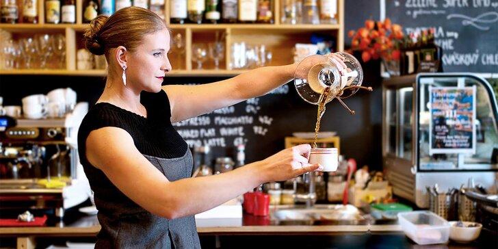 Degustace kávy, různé způsoby přípravy: french press, V60, aeropress, chemex i vacuum pot