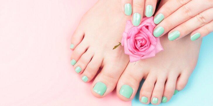 Péče o ruce a nohy: manikúra s akrylovými nehty, pedikúra či obojí