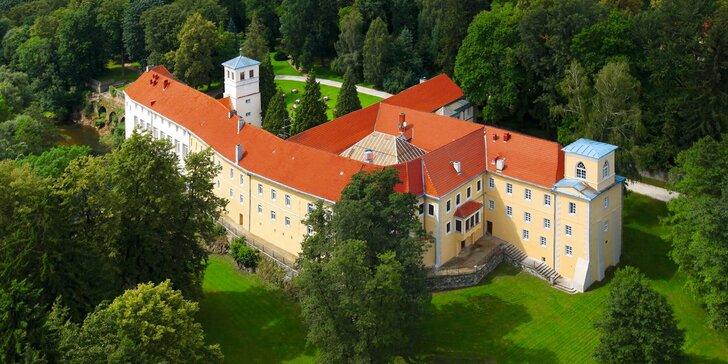 Romantika na zámku: neomezený vstup do wellness, polopenze, koncerty