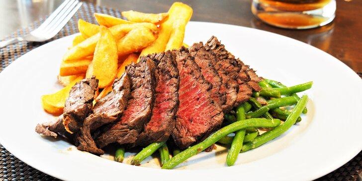 Vyrazte na steak: 200 g masa, zelené fazolky se slaninou a hranolky pro 1 či 2
