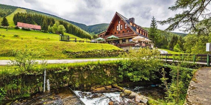 Pobyt v rodinném hotelu ve Špindlerově Mlýně: polopenze, zábava a výlety, termíny i přes léto