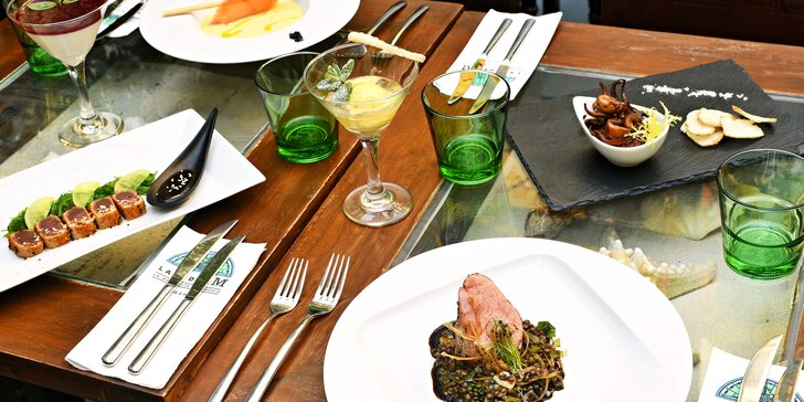 6chodové menu v La Bodeguita: chobotnice, tuňák, panenka i víno či koktejly