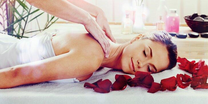 90 či 120 min. wellness hýčkání s růžemi: masáž těla a obličeje i lázeň nohou