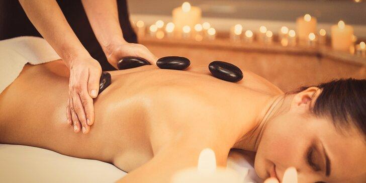 Jemná indická masáž hlavy nebo relaxační masáž lávovými kameny