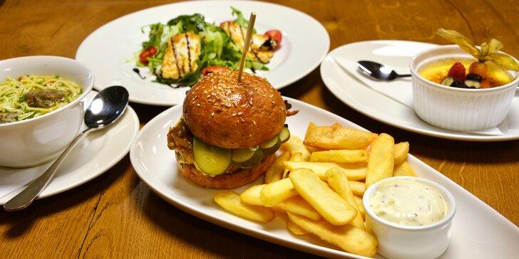 Gastronomický zážitek kousek od Brna: čtyřchodové menu s kuřecím prsem Supreme nebo hovězím burgerem