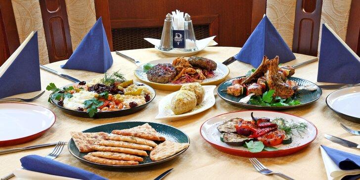 Všechny chutě Peloponésu: degustace vyhlášených pochoutek v tradiční řecké restauraci pro dva