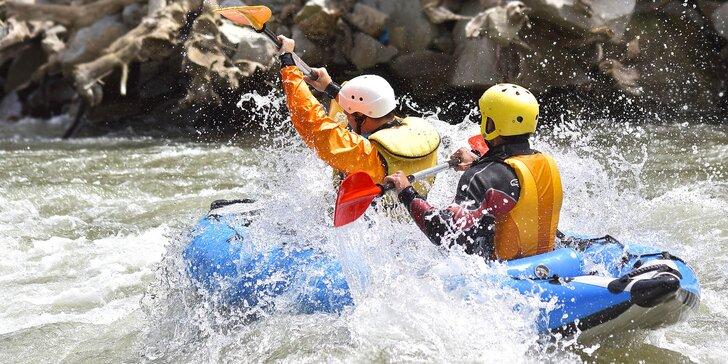 60 min. adrenalinu: 2 či 4 sjezdy divoké vody v kajaku i pro začátečníky