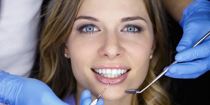 Dentální hygiena s air flow, ručním dočištěním a prohlídkou u lékaře
