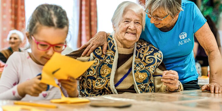 Pomozte seniorům, kteří chtějí pomáhat: příspěvek pro ADRA ČR a její seniory-dobrovolníky