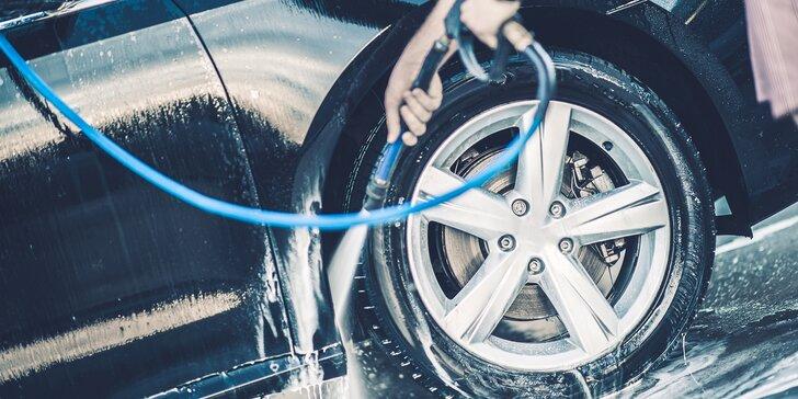 Předplacená karta v hodnotě 300 až 1000 Kč na mytí vozu v myčce v Prostějově