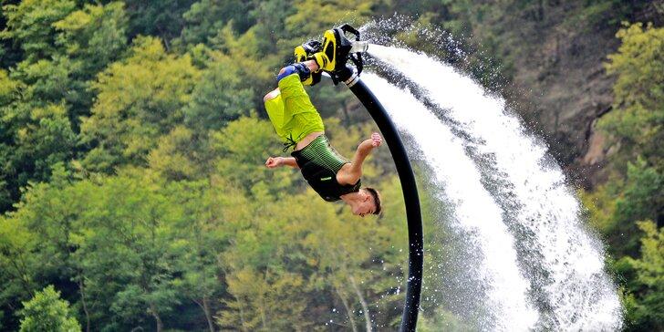 Ulítněte si nad vodní hladinou na Flyboardu, Jetpacku či Hoverboardu dle výběru