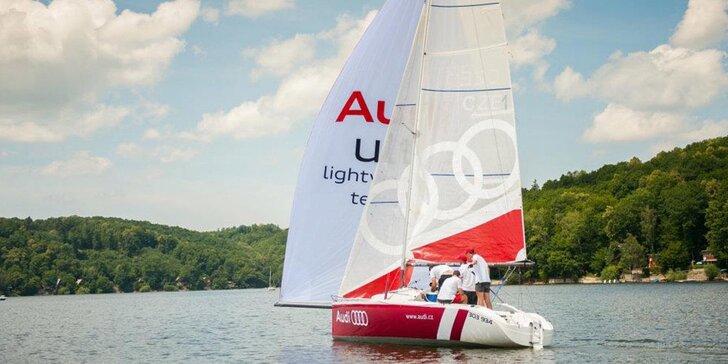 Adrenalinová nebo relaxační plavba na plachetnici až pro 4 námořníky